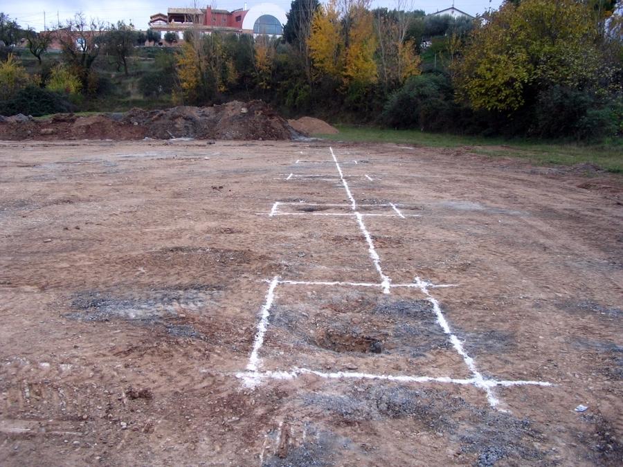 Foto replanteo de cimentaciones de 8a topografia 372452 - Constructoras en valladolid ...