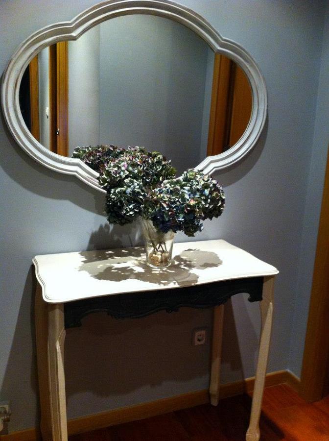 Restauración de mueble consola y espejo.