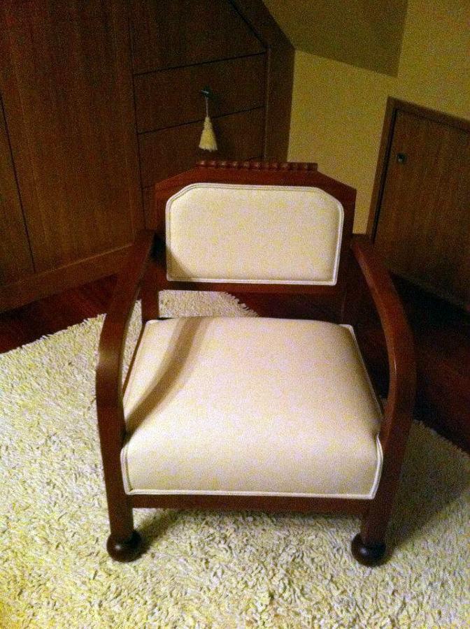 Restauración y tapizado de sillón.