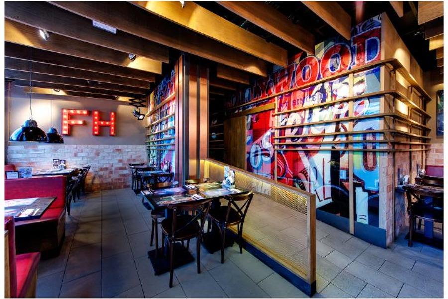 Foto restaurante foster hollywood mojacar de soluciones electromec nicas de murcia 1452632 - Electricistas en murcia ...