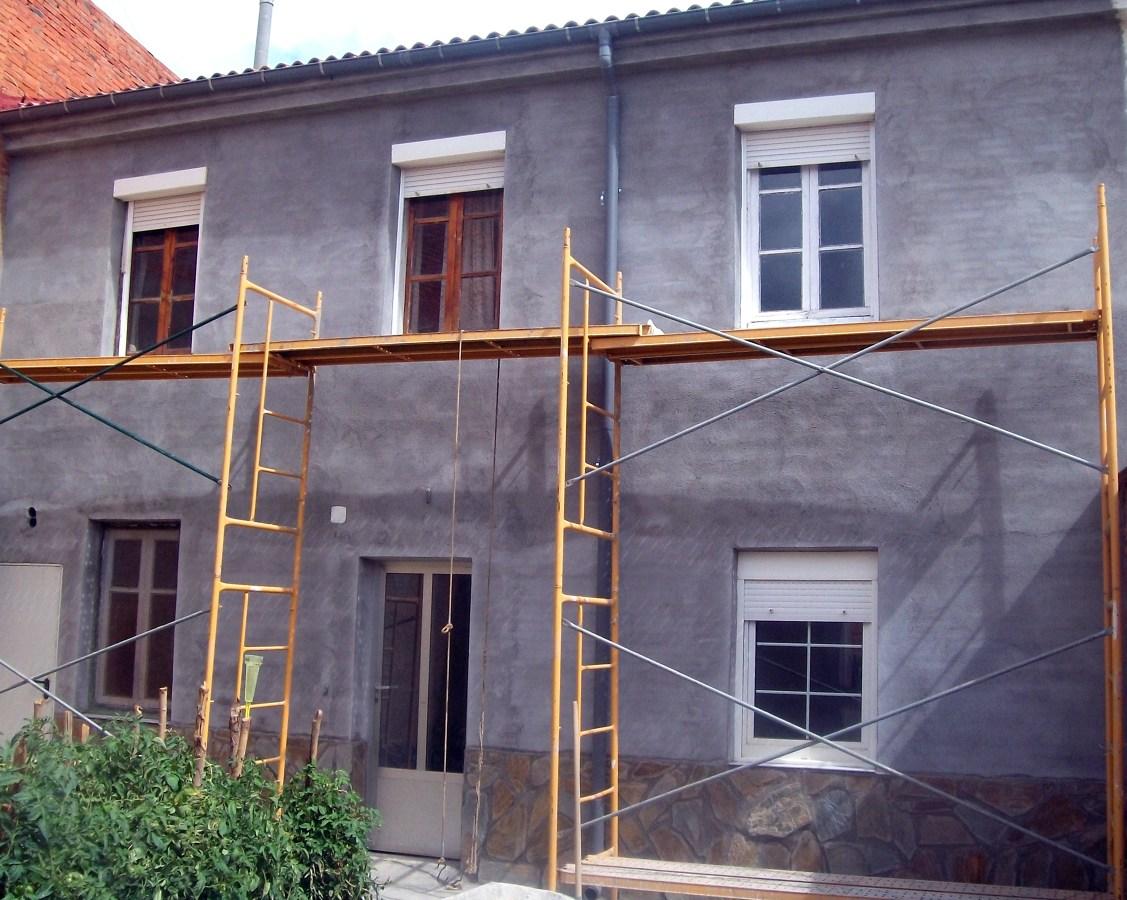 Foto revestimiento de fachada interior de casa antigua de - Casa de revestimientos ...