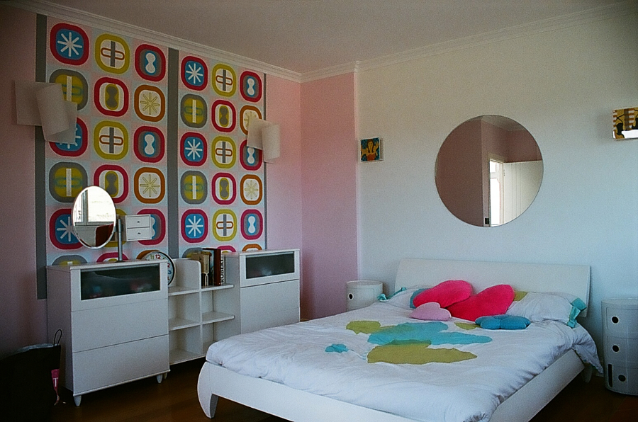 Revestimiento de pared con papel decorativo