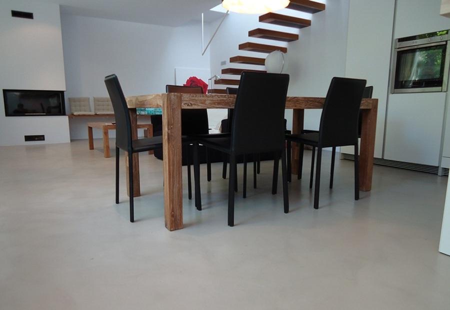 Foto revestimientos cementosos en suelos de salones de - Suelos para salones ...
