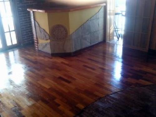 revestir paredes y suelos laminados