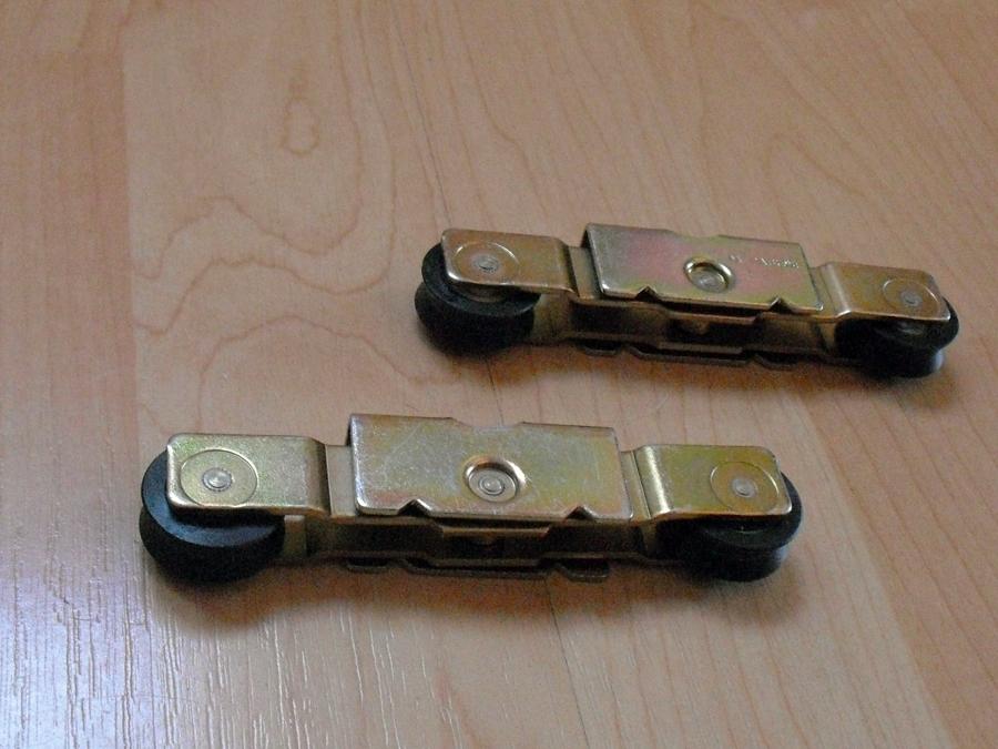 Foto ruedas ventanas correderas de celaya pvc 298507 - Repuestos persianas madrid ...