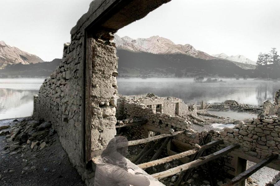 Foto ruina ventana al pantano de ria o de o2 arquitectura for Piscina o2 granada