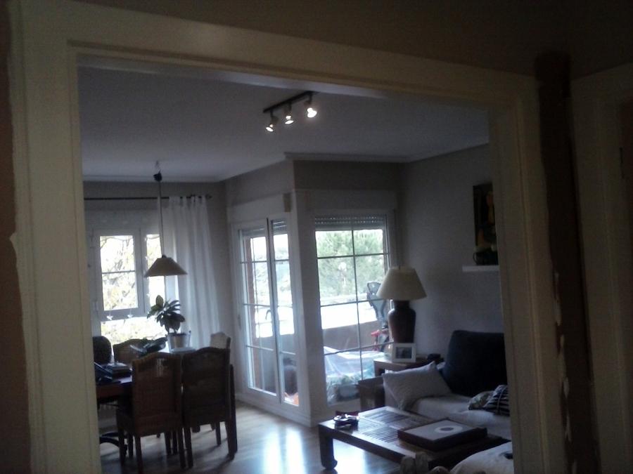 Salon alisado + lacado de puertas