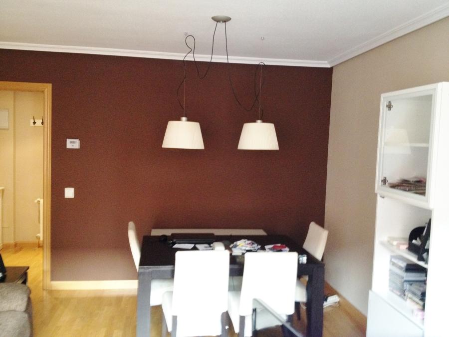 Foto sal n color chocolate de rodrimar pintura y - Colores de pintura para salones ...
