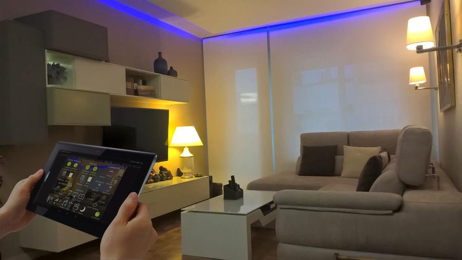 Salón de un piso reformado en el centro de Zaragoza