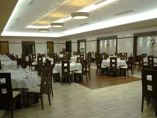 Salon de bodas Complejo Paris   ILLESCAS