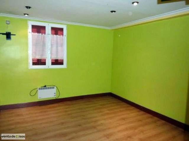 salon de un piso en zaragoza