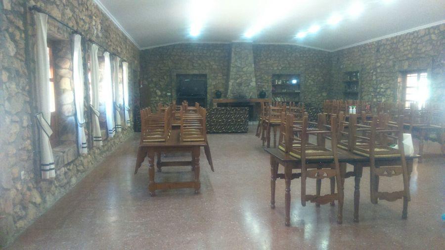COLEGIOS, HOTELES