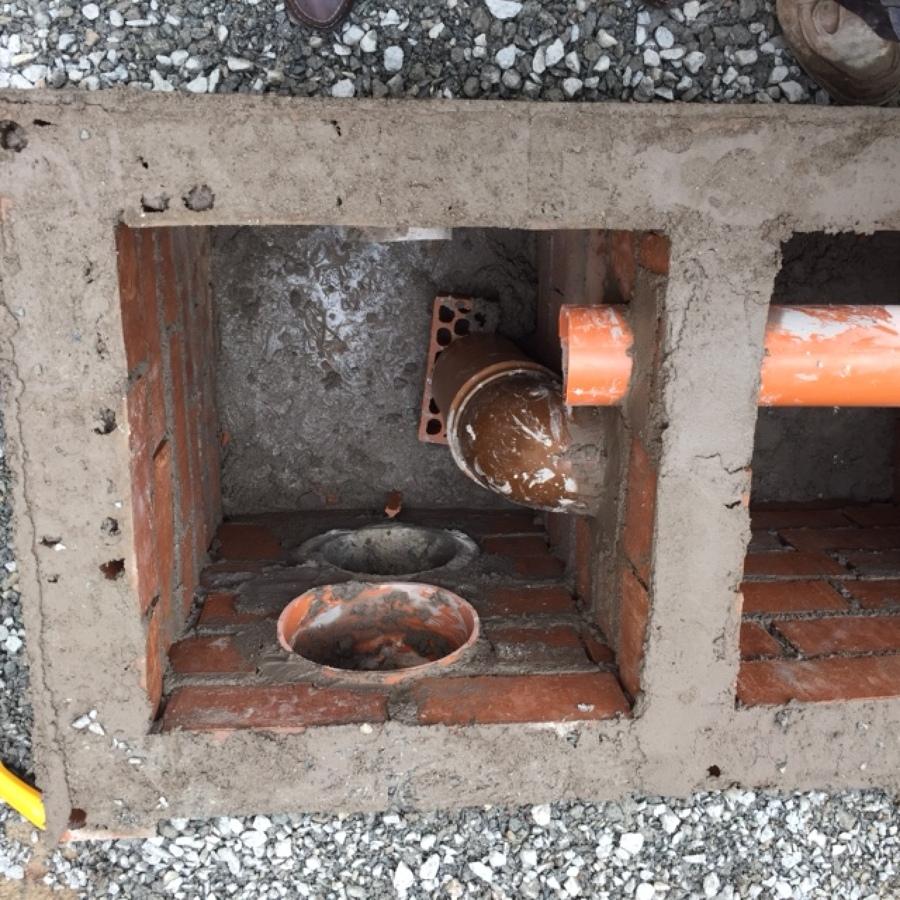 Foto saneamientos de ciso construcciones integrales for Saneamientos granada