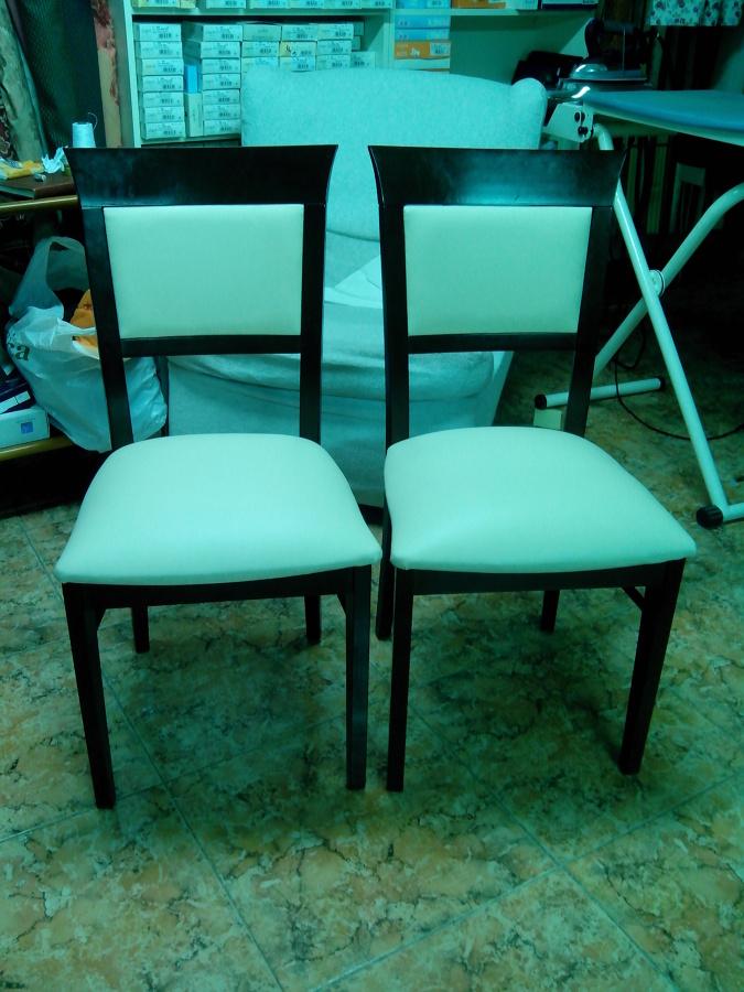 sillas asiento y respaldo polipiel blanca