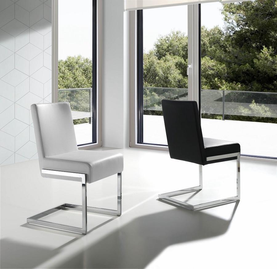 Foto sillas de quartier estudio de arquitectura eficiente for Sillas de estudio zaragoza
