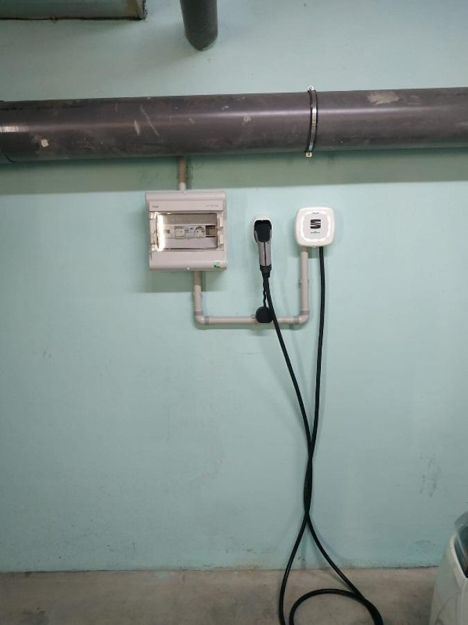 Instalacion punto carga VE