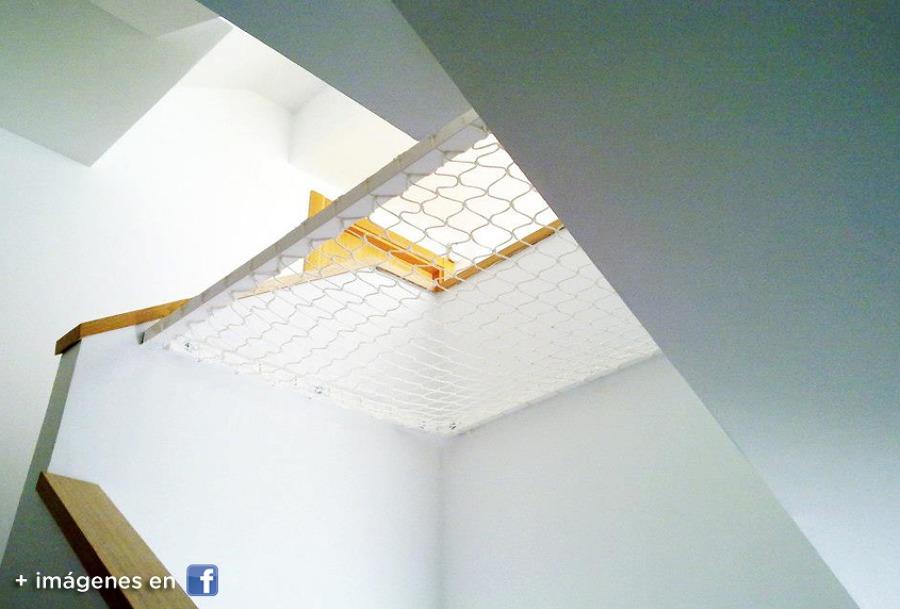 Foto sistema de proteccion para escaleras de zinak - Proteccion de escaleras para ninos ...