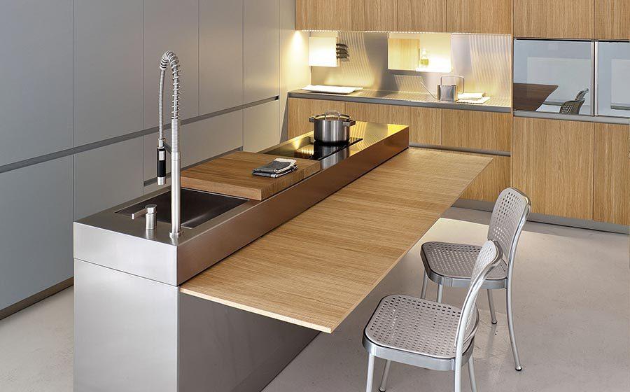 Cocina con mesa Wing Table
