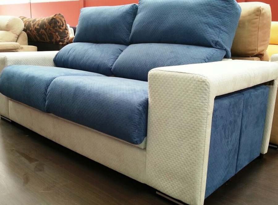 Foto sofa dos plazas tapizado en dos colores de tapiceria carmen y felipe 1020105 habitissimo - Sofas de dos plazas ...