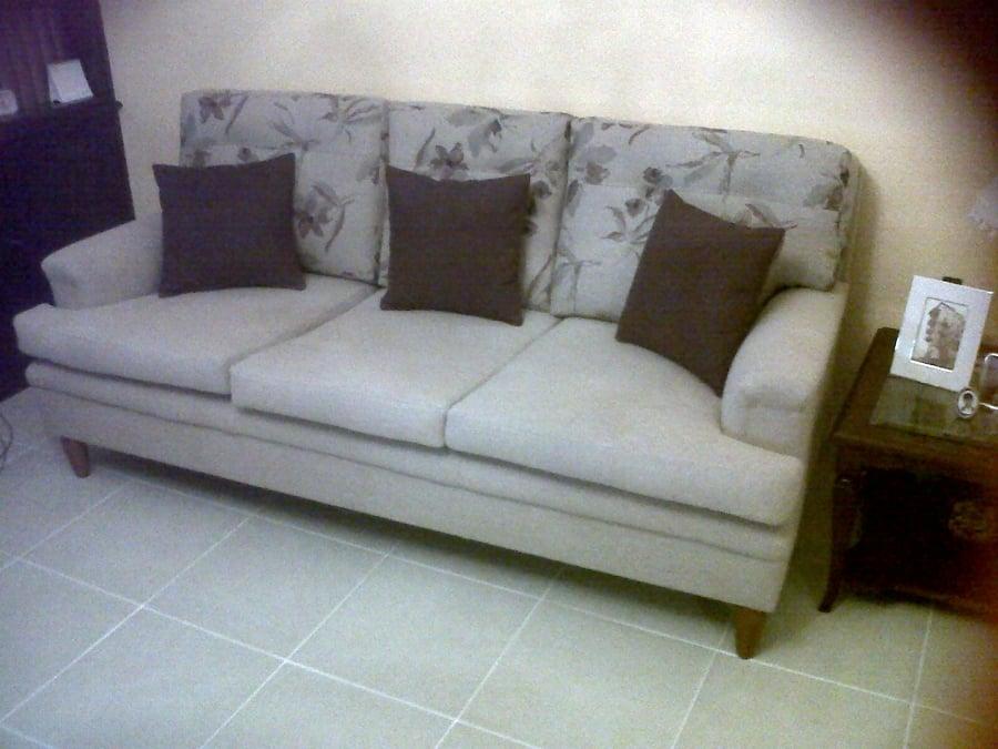 Foto sof cama de matrimonio retapizado de tapizados for Divan cama matrimonio