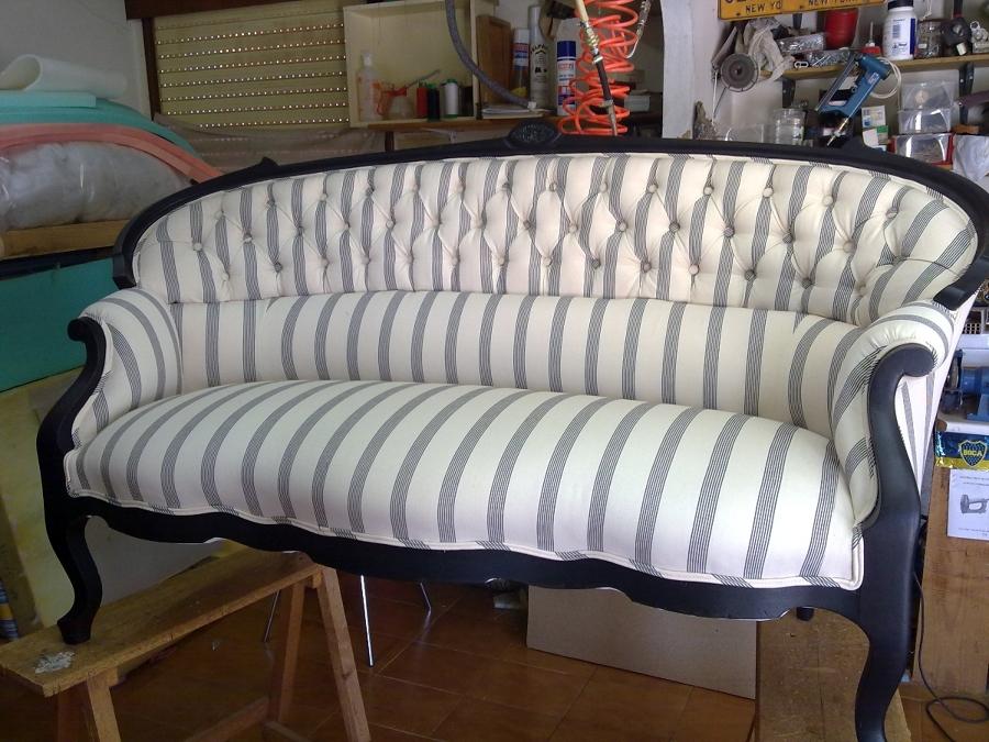 Foto sof con capiton de tapicer a victorio decoraci n - Tapiceros tarragona ...