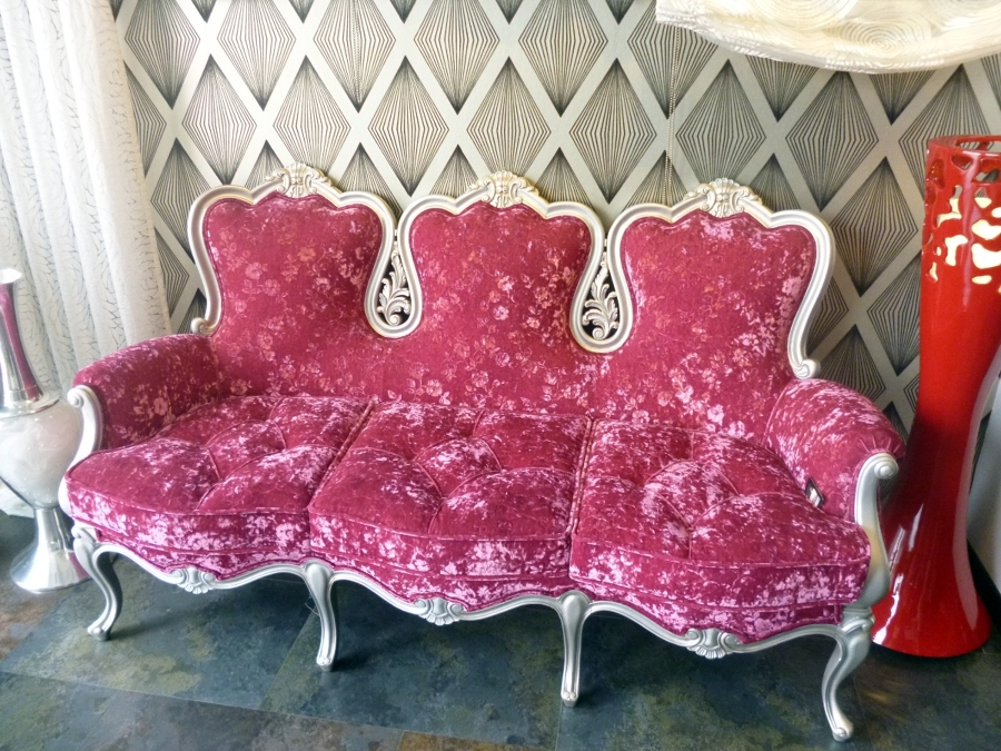 Foto sofa isabelino de tapicerias jav 359787 habitissimo - Tapicerias en sevilla ...