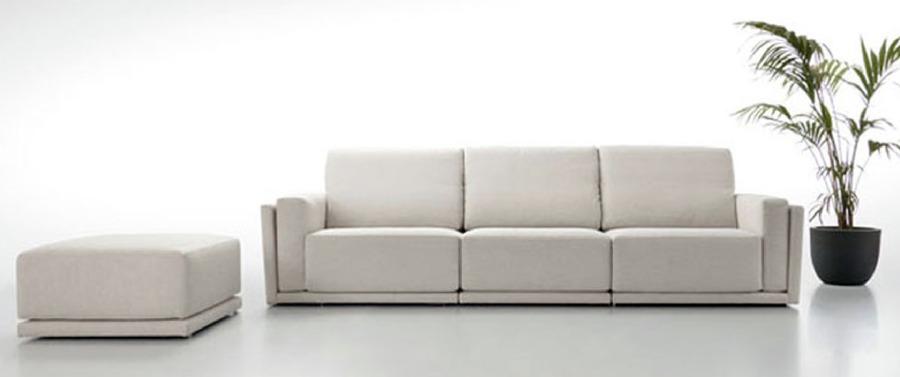 Foto sofa minimalista de zen dec 431290 habitissimo for Sofa minimalista