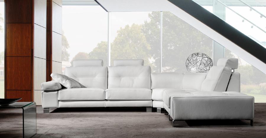 Foto sofa moderno de zen dec 431274 habitissimo for Sofas modernos sevilla