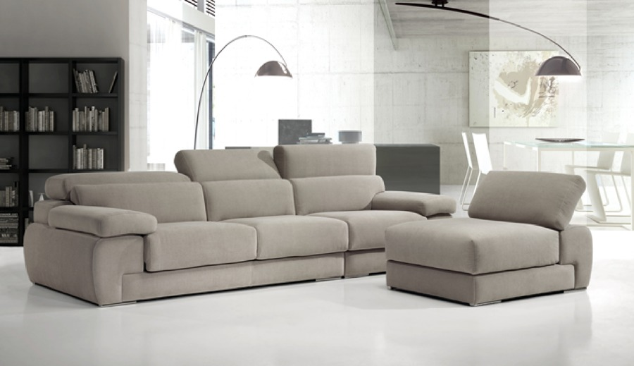 Foto sofa moderno de zen dec 431285 habitissimo for Sofas modernos sevilla
