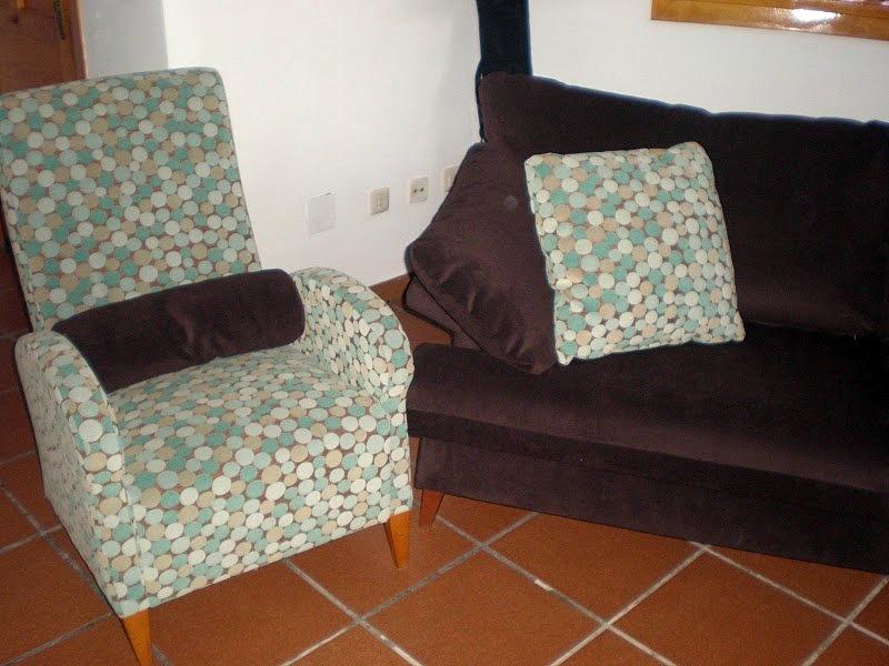 Foto sofa y butaca tapizado de tapiceria tom 292725 - Tapiceros en ourense ...