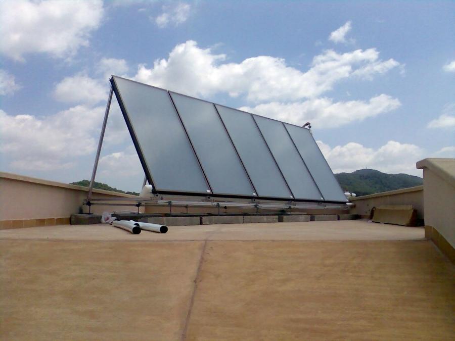 solar térmica para ACS y calefacción por suelo radiante
