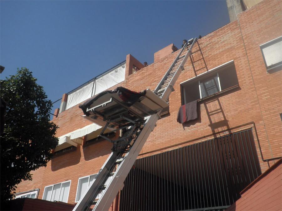 Subiendo a un 5º piso con grúa elevamuebles