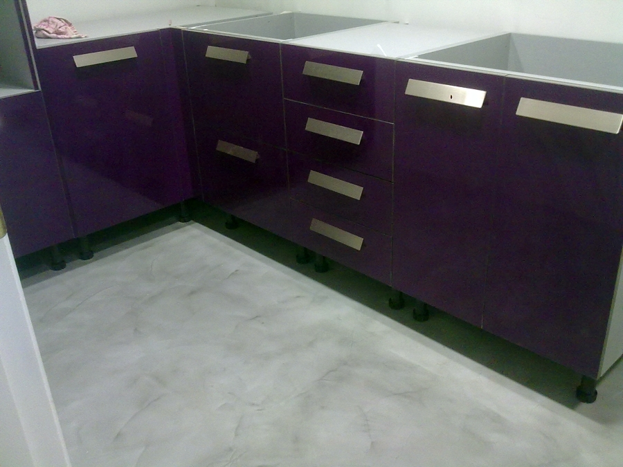 Foto suelo de microcemento en cocina de quadra estudio - Cocinas de microcemento ...
