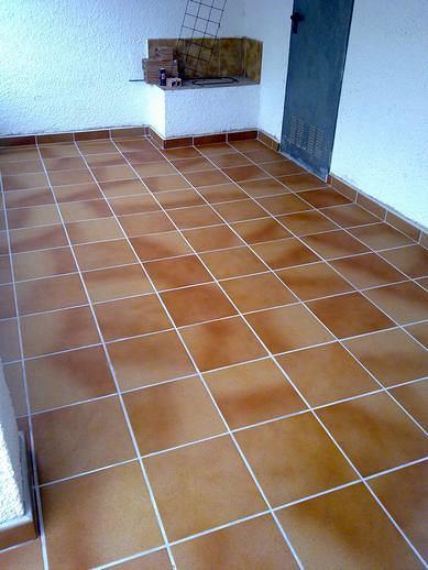 foto suelo de porche de luis llangoma obras y reformas