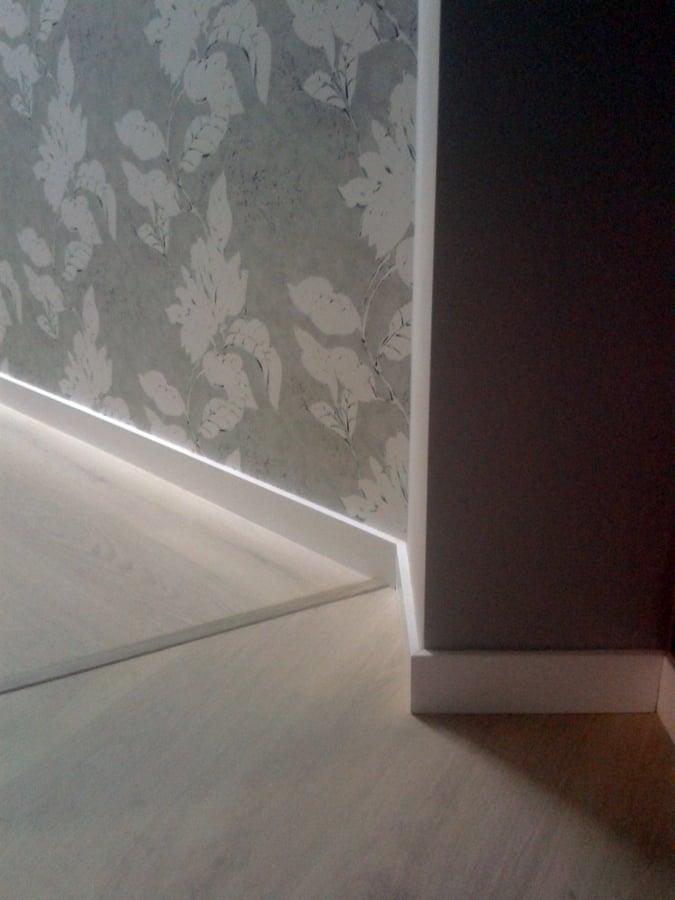 Foto suelo laminado de parquet neymar 370465 habitissimo - Montaje suelo laminado ...