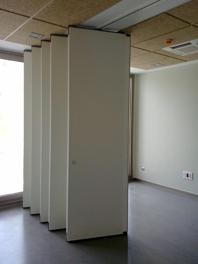 Foto division tabique movil de divisi n divisiones for Tabiques divisorios para oficinas