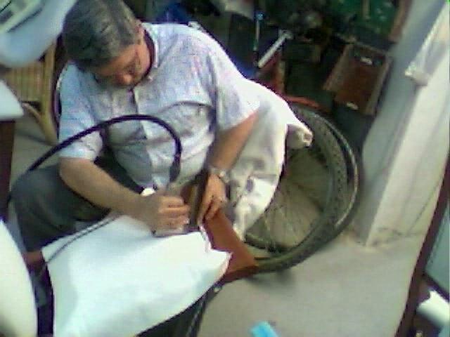 Foto tapicer a y restauraci n ricardo de tapicer a for Tresillos sevilla