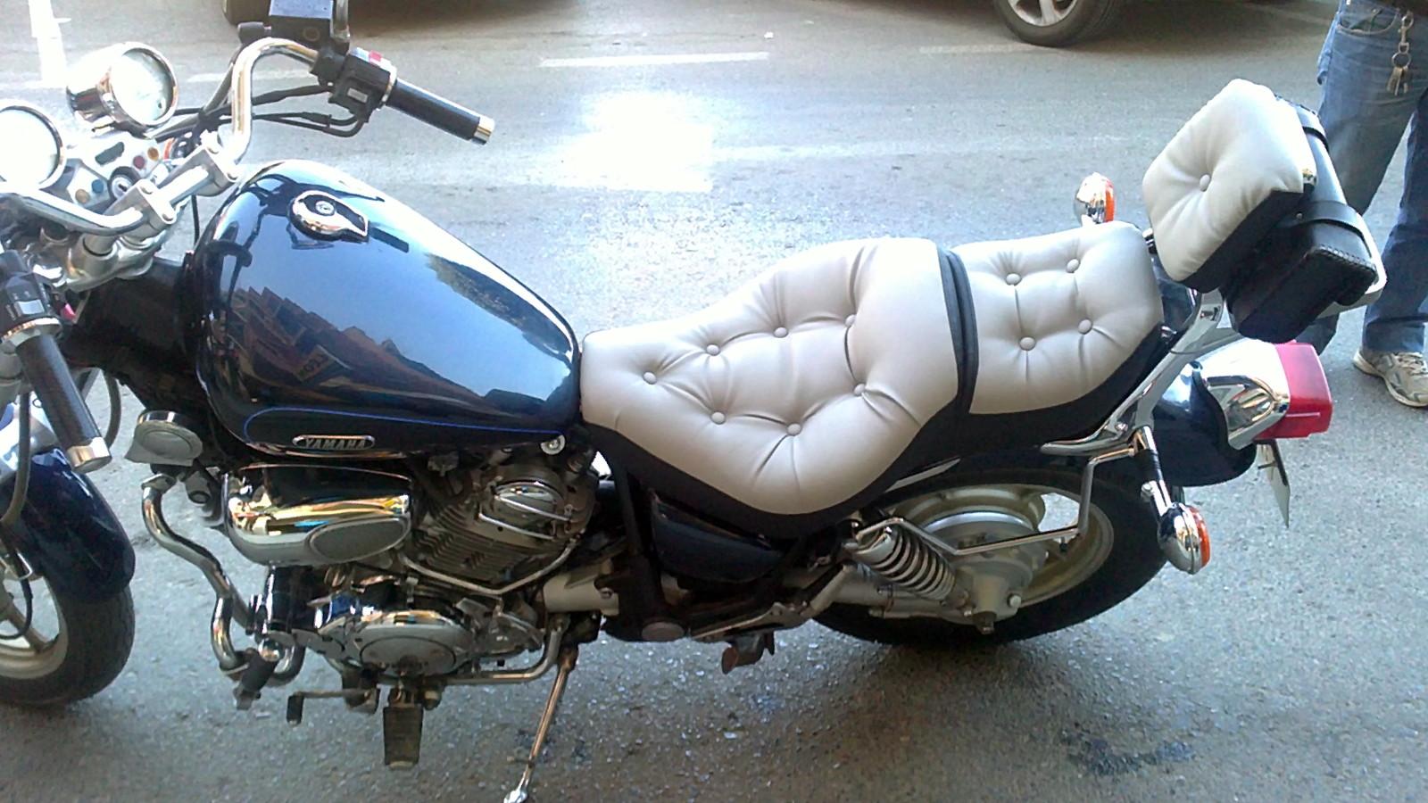 Foto tapizado de asientos de motos de cualquier modelo de - Tapiceros tarragona ...
