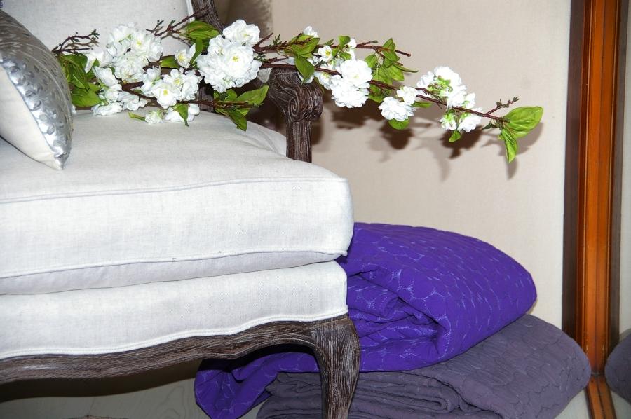 Foto tapizado de mobiliario de leal 599808 habitissimo - Leal decoracion ...