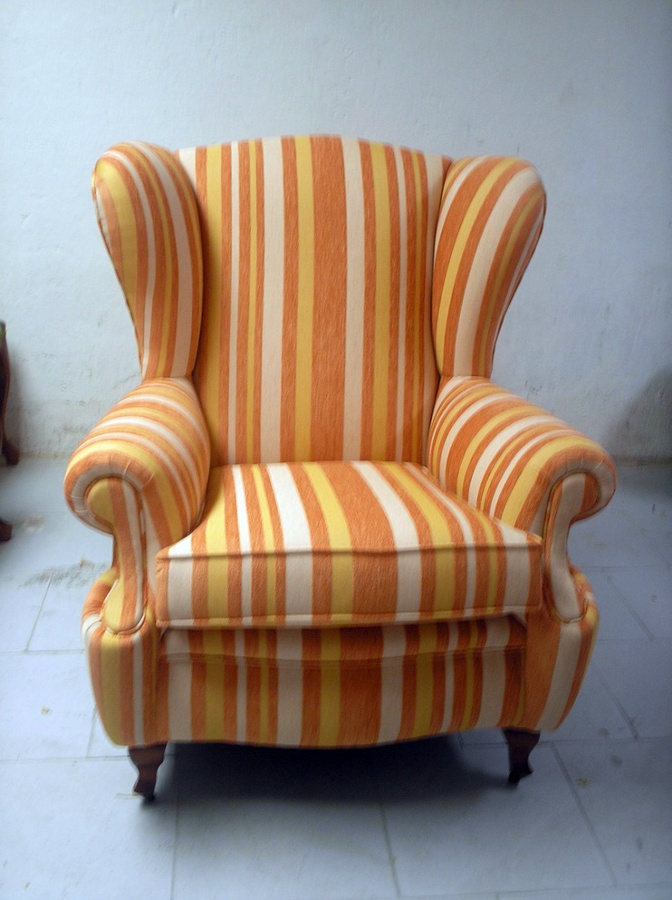 Decoracion mueble sofa sillones orejeros for Telas para sillones