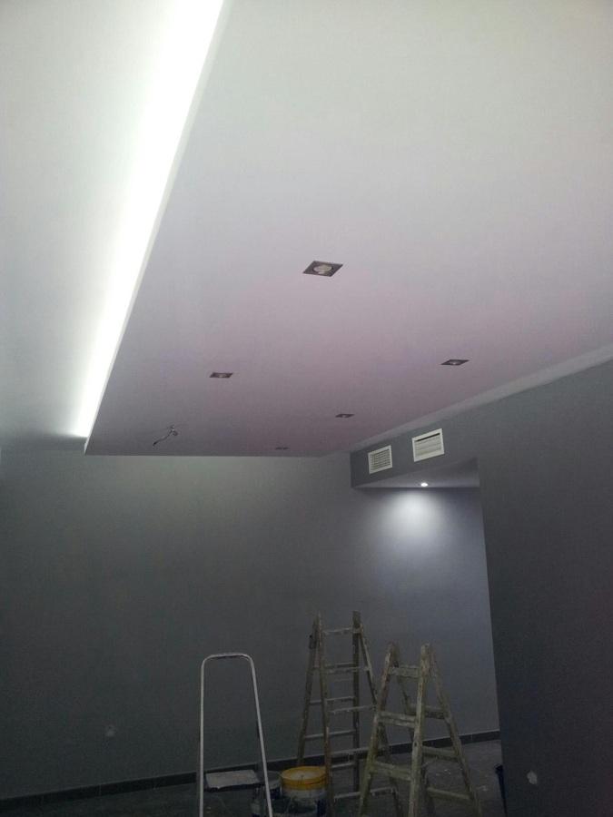 Foto techo colgante con luz indirecta de construcciones y - Luz indirecta escayola ...