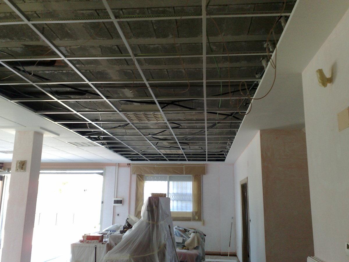 Foto techo desmontable de lorenzo 278730 habitissimo for Techos de escayola modernos