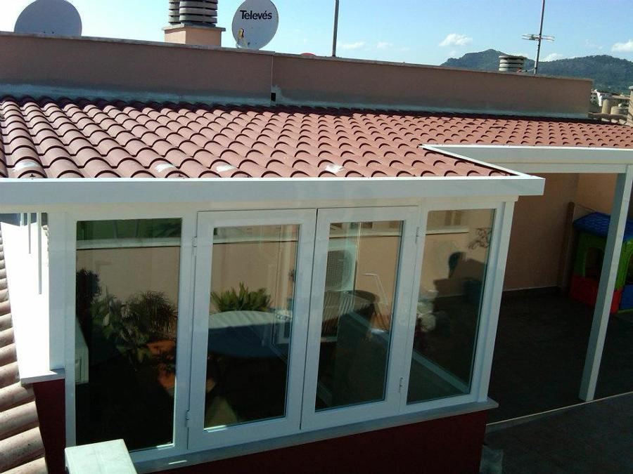 Foto techo imitaci n teja de jm carpinteria metalica for Techos de teja para terrazas