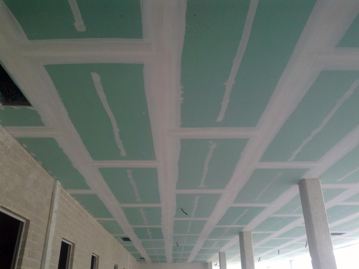 Foto techo pladur hidrofugo en garajes de home insulation - Falsos techos de pladur ...