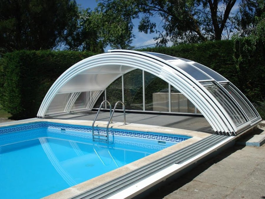 Foto techo solar piscinas de areacristal 549154 for Techos para albercas