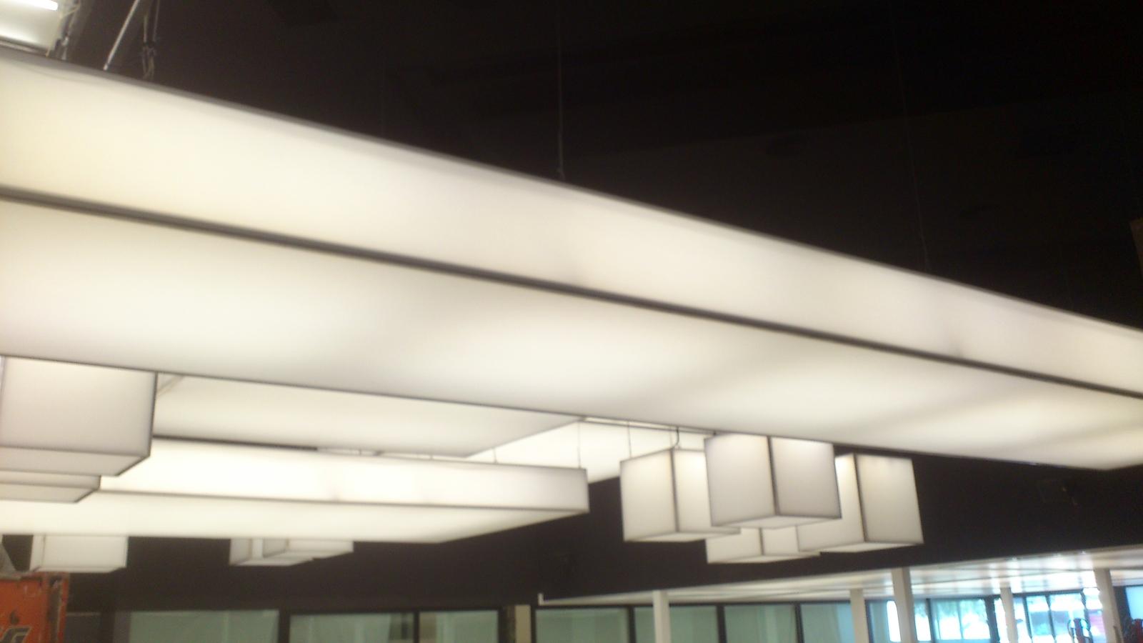 Foto techo tensado traslucido de ek techos tensados - Techos tensados barcelona ...