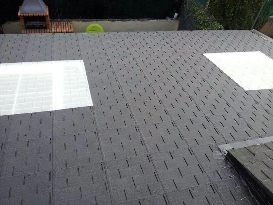 Foto teja imitaci n pizarra de tejas roofy 455420 habitissimo - Teja de pizarra ...