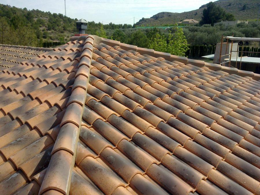foto tejado a 4 aguas de construcciones molina yago