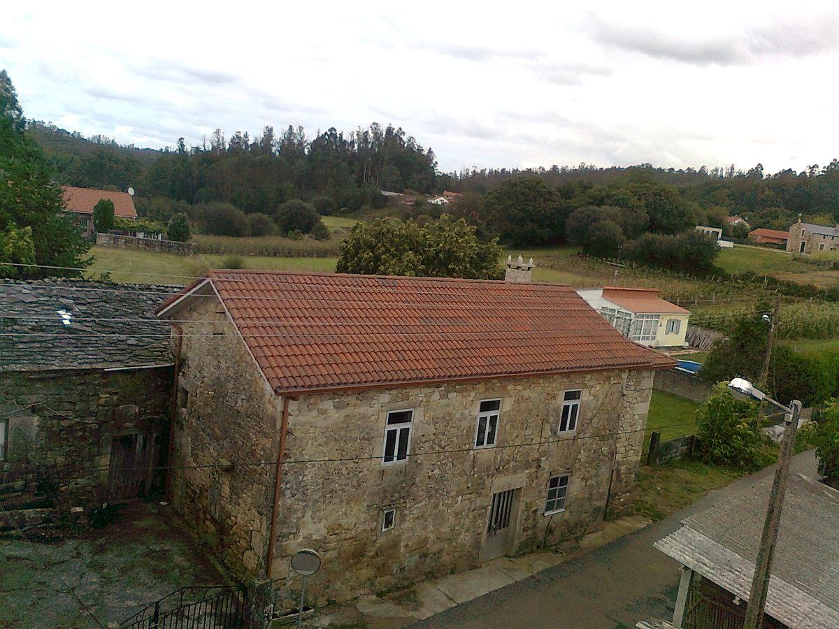 tejados con teja y  uralita