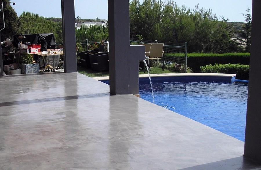 Foto terraza microcemento de arena reformas rc s l - Microcemento piscinas ...
